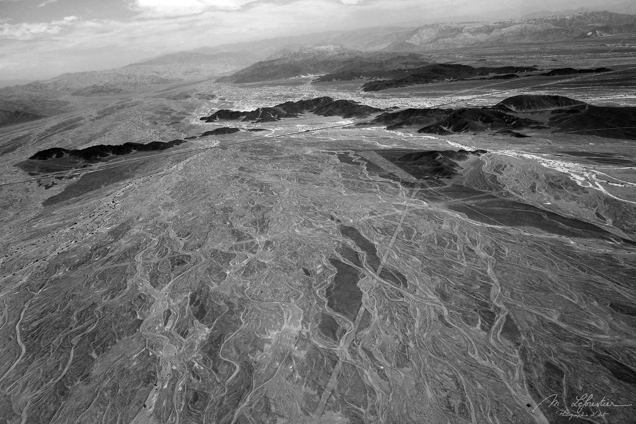 Nazca lines geoglyphs peru aerial view