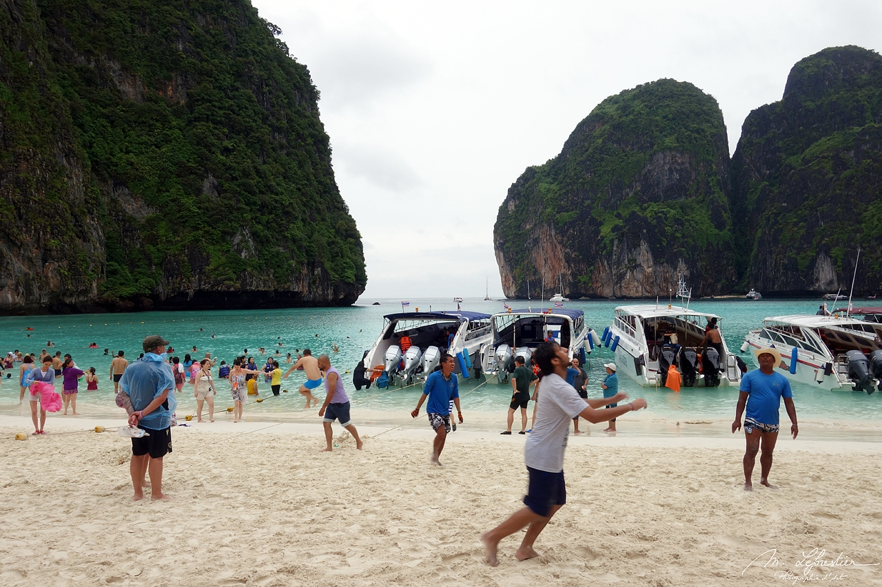 reality vs expectations at Maya Bay in Krabi Thailand suffered from over tourism and is now closed to allow the ecosystem to recover