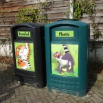 litter bin and plastic bin with drawings of animals in Dierenrijk Mierlo Nuenen in the Netherlands