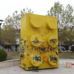 Letgo EU: an art piece in Pristina, a giant yellow lego