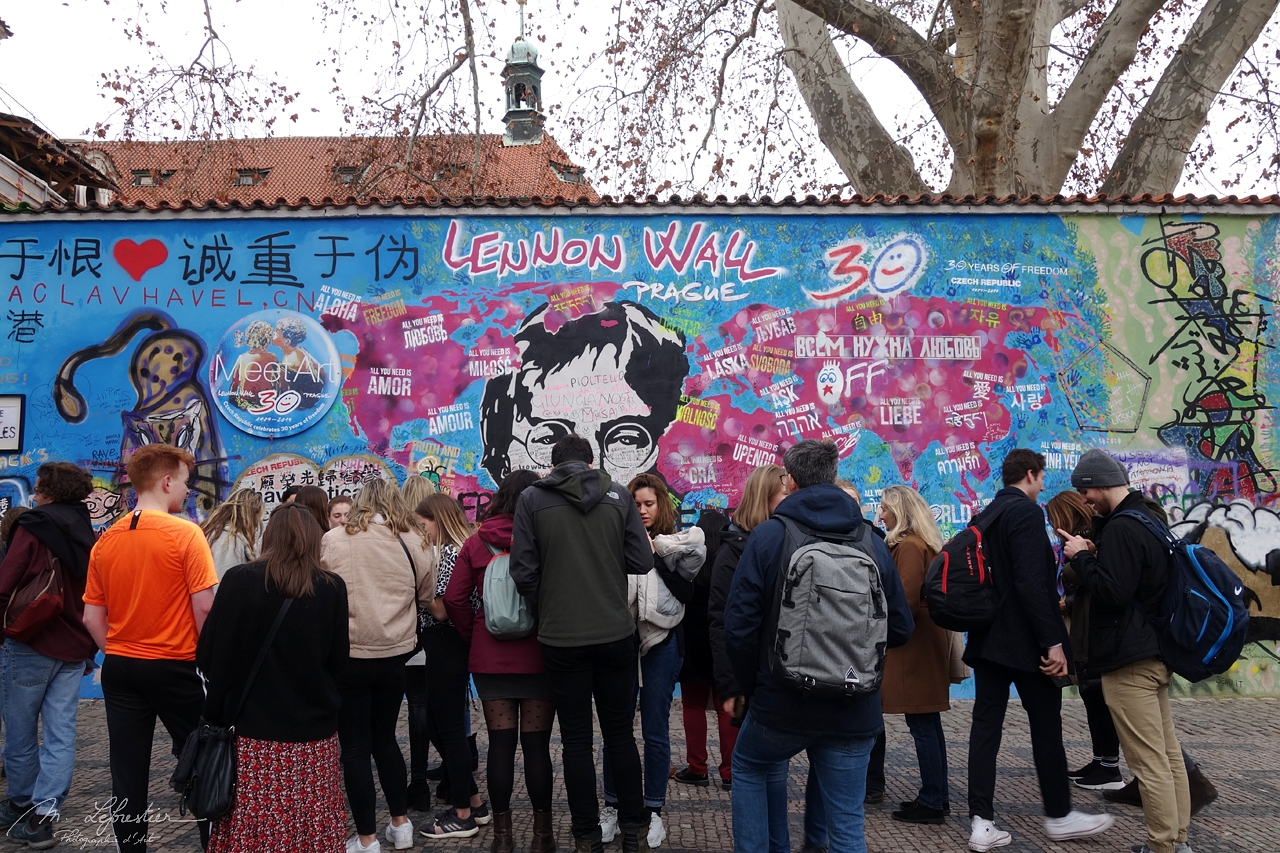 if you expect to see the John Lennon Wall empty of tourists... don't go during the day i guess...