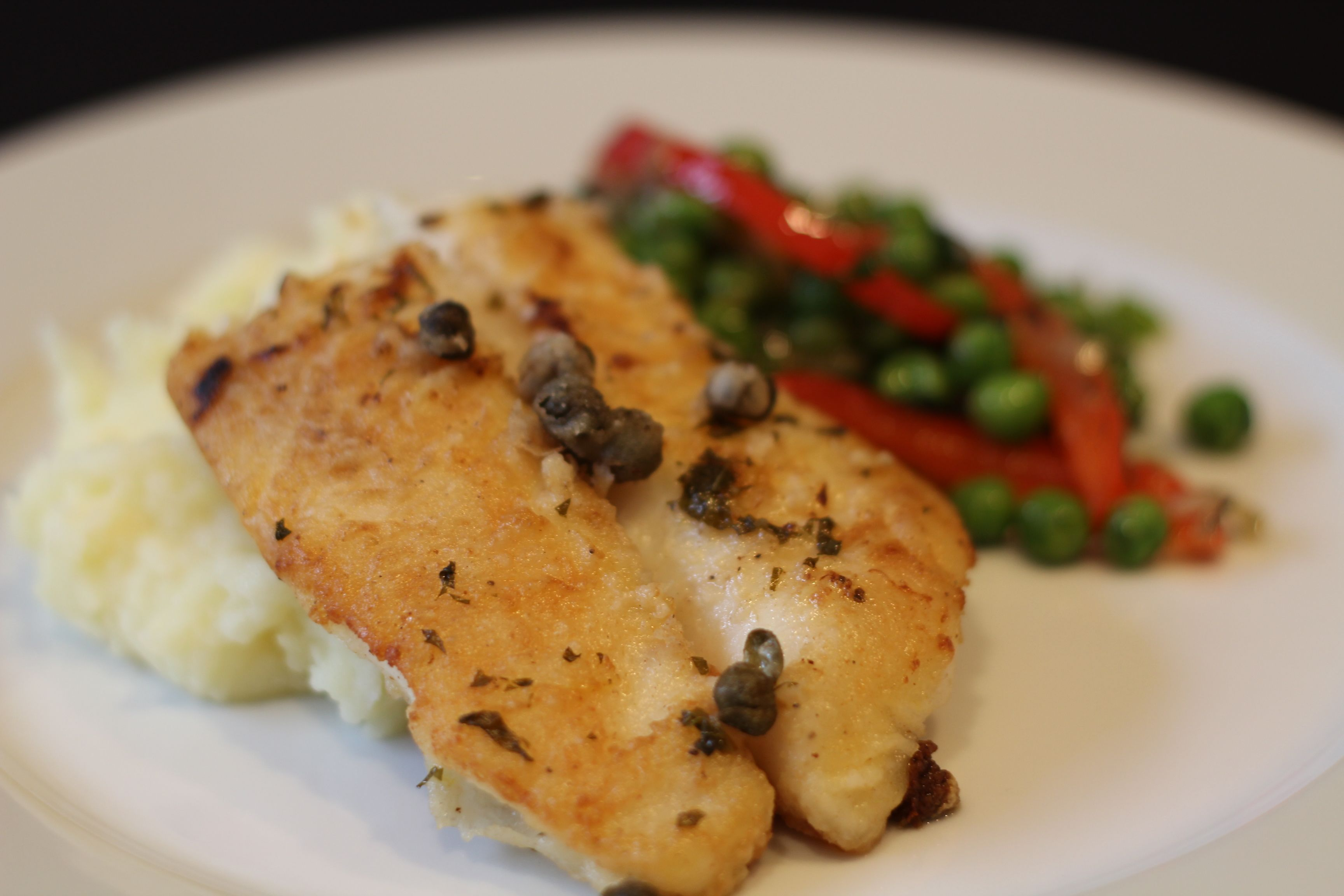 Recipe Highlight: The Perfect Meal (Pan-Fried Orange Roughy with Orange Mint Sauce, Parmesan Mashed Potatoes and Pea and Mint Salad)