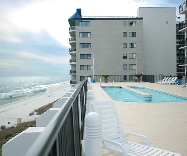 Resort Naples Grande Pool Beach