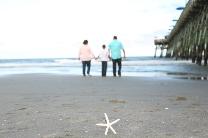 Popular spots in Myrtle Beach for family portraits