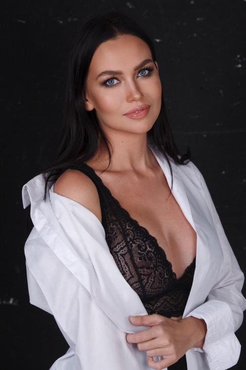 Daria russian brides