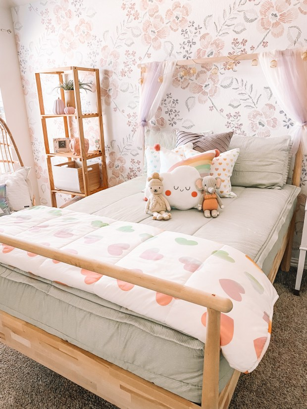 Girls Room Bedding