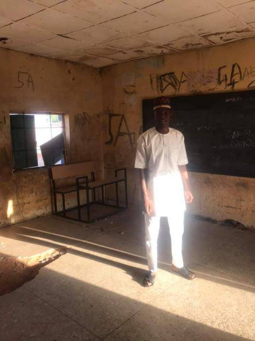 See the Deplorable State of a School in Kebbi State where Pupil Sit on the Floor