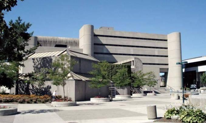 2020 International President's Entrance Scholarships at University of Western Ontario, Canada