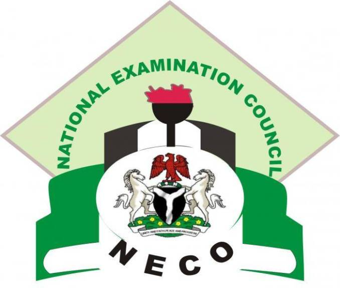 Man Catches Parents Contributing 20k for Invigilators at NECO Exam