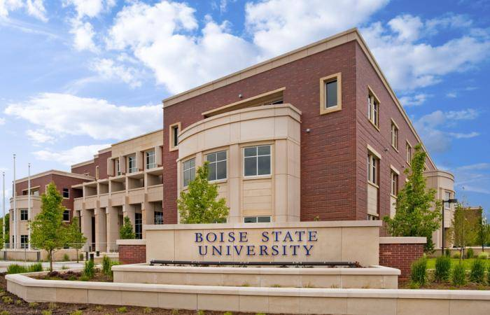 2020 Global Excellence Scholarship At Boise State University, USA