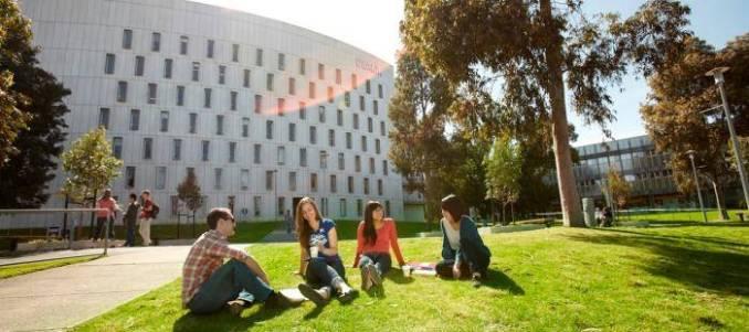 Vice-Chancellor's International Scholarships At Deakin University - Australia 2019