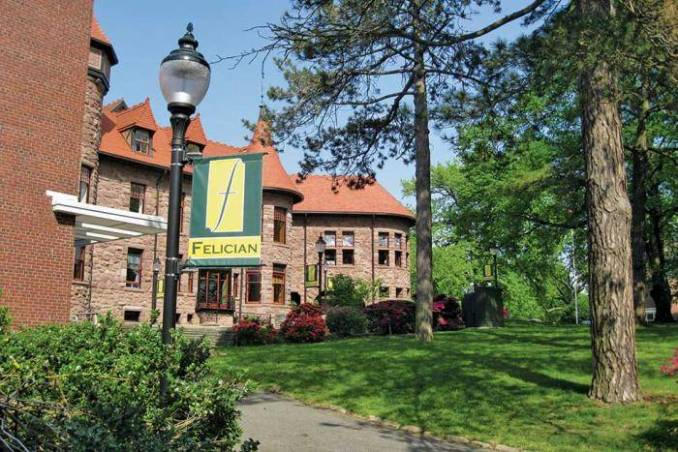 International Scholarships At Felician College - USA 2020