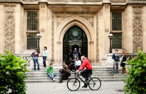 2017 King's College Masters Scholarship - London