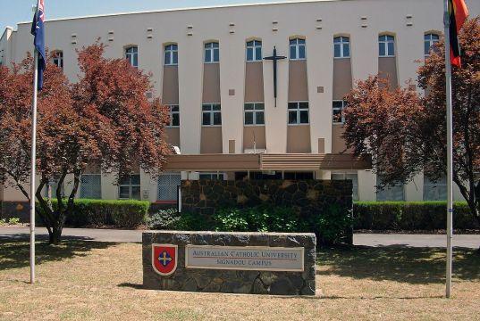 DOOLEYS Lidcombe Catholic Club Bursaries At Australian Catholic University - Australia