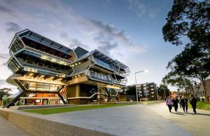 KC Kuok Scholarships At Monash University - Australia