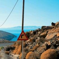 Θέα το Αιγαίο Πέλαγος πανταχού παρόν, όπου και αν βρεθείς στη Σίφνο