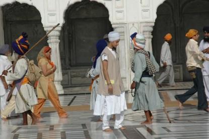 The Golden temple Amritsar Volenteers