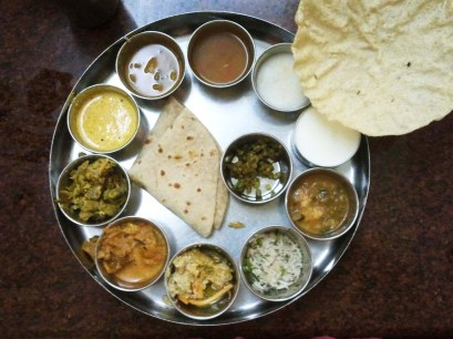 Thali lunch on the from Cochin to Guruvayur