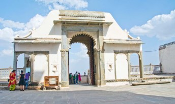 Monsoon palace places to visit in udaipur