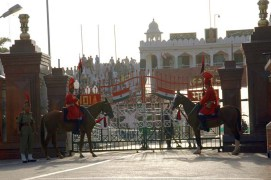 BSF Guards on horse at Attari wagah border29767_d6ff87d29c_o