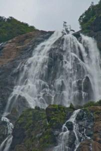 dudhsagar waterfall goa 3