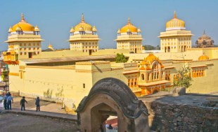 orchha sightseeing