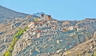 Leh to nubra valley via khardung la - Hundar village
