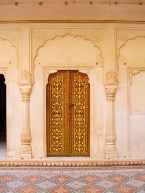 bikaner's places to see - Fort interior