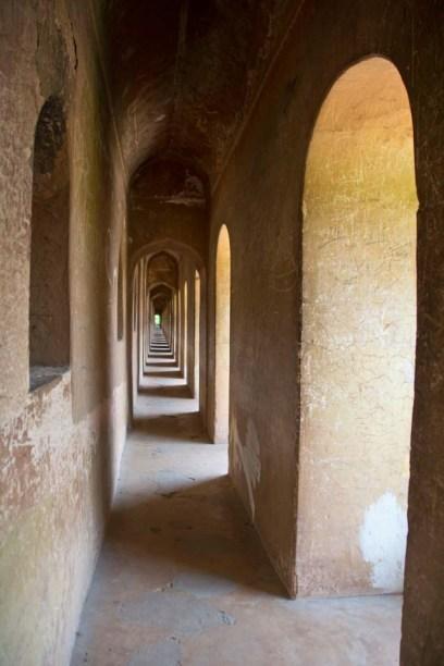 Bara Imambara Bhul Bhulaiya