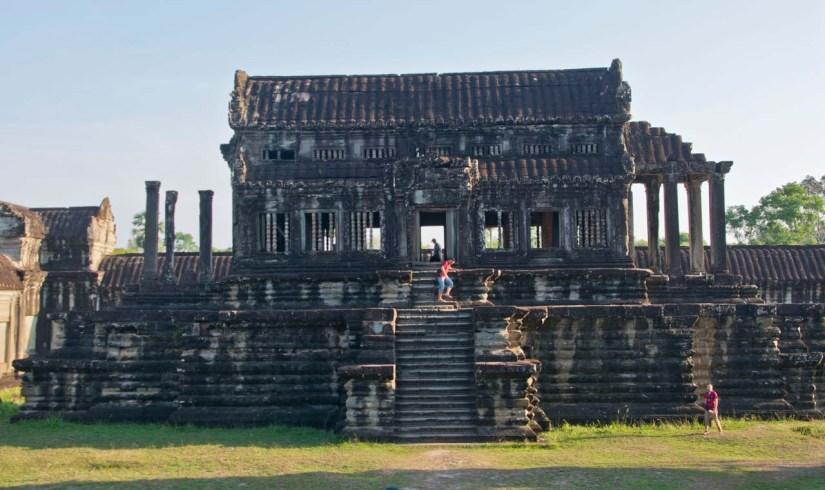 Building inside Angkor Wat