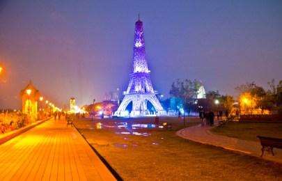 Eiffel Tower at Seven wonder Park kota