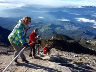 Die ersten Stunden des Abstiegs waren noch glatt....