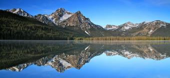 stanley-lake-sawtooth-mountains-ed-riche