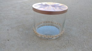 She made this from a candle! SO CUTE!! Candle Container Makeover - DIY