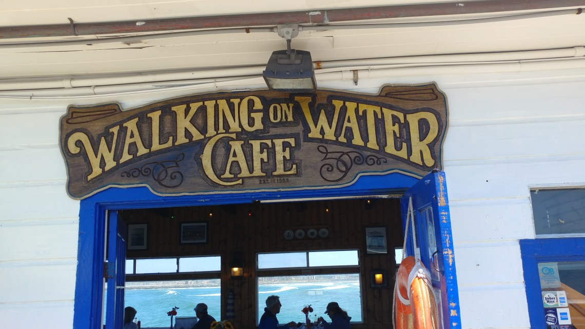 This cute little cafe is the perfect stop for a snack in Ocean Beach, California!