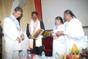 SAT Wing service news: Launching program 'Mere Desh Meri Shan' !!!with Mysore Airport director