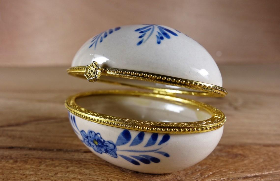 Delft Blue Egg