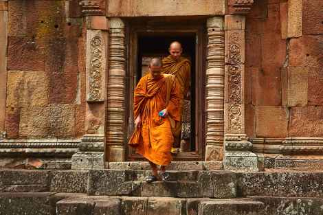 monks, buddhism, internalization of the spiritual truth