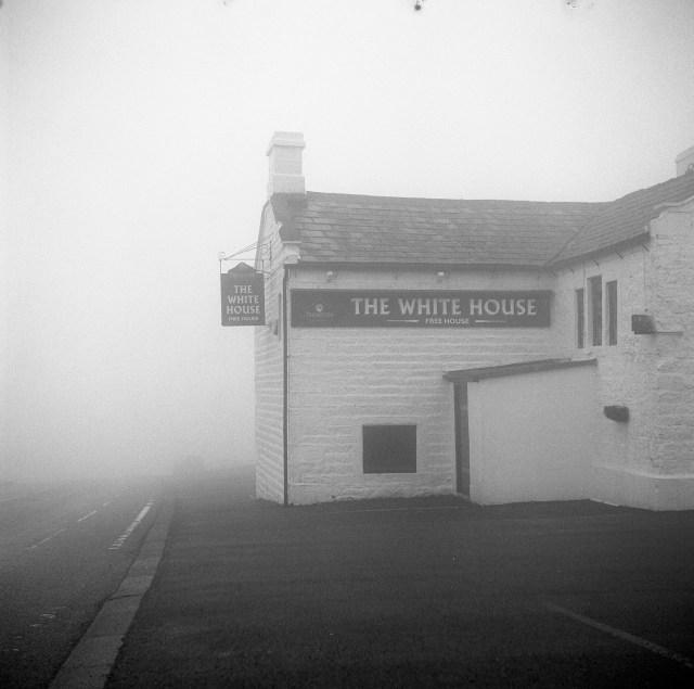 white horse pub fog yorkshire blackstone edge moor kodak tmax 400 yashica 635 tlr