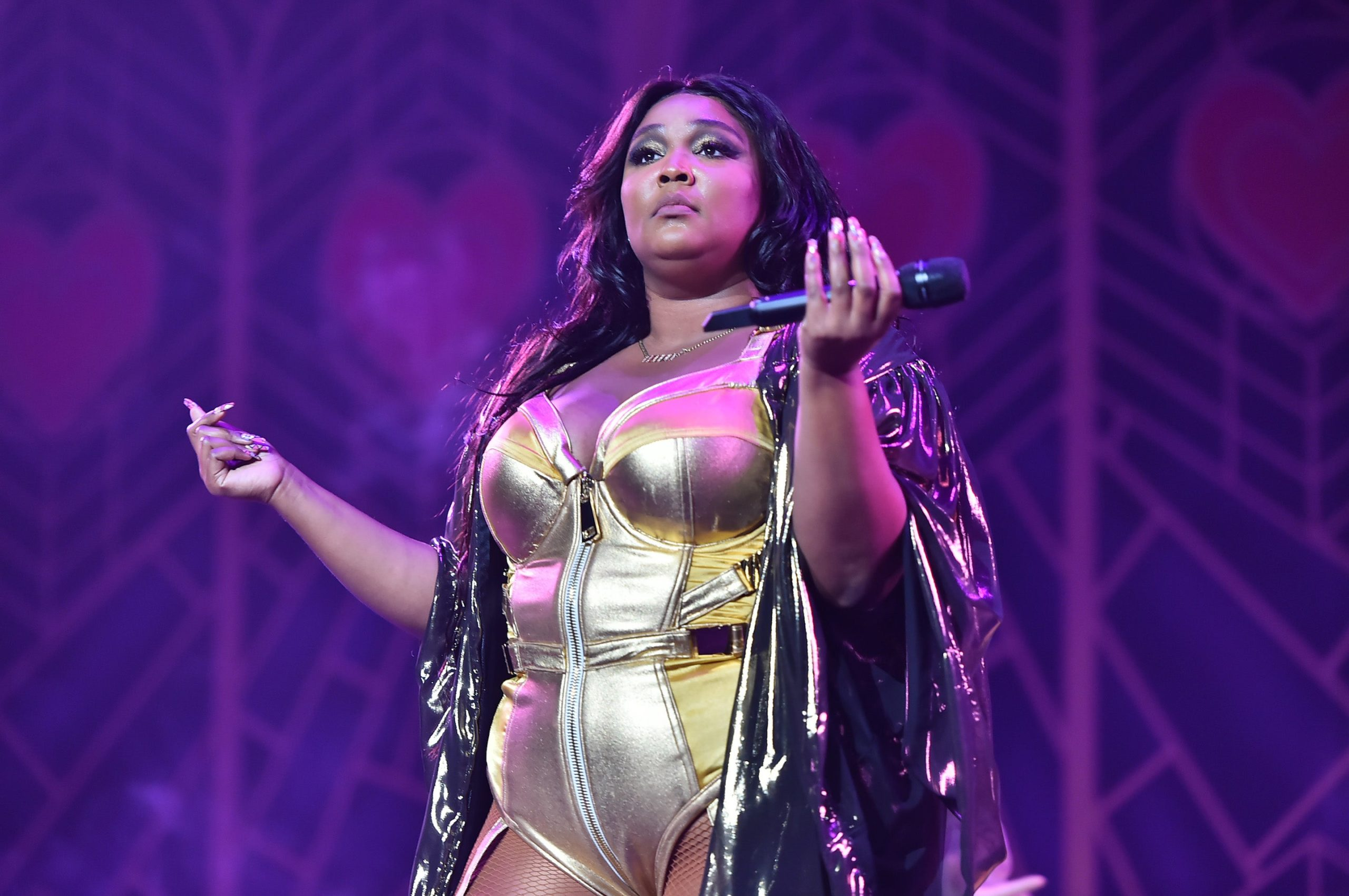 Grammy-Nominated American Singer, Lizzo Shares Nude Photos