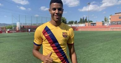 Chelsea Move To Sign Barcelona Teenager Xavier Mbuyamba