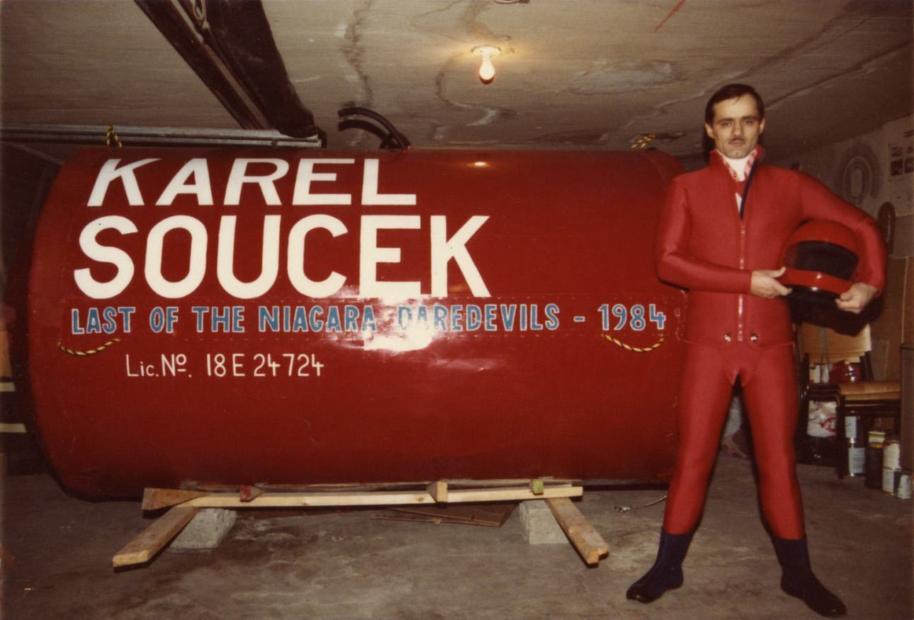 Karel Soucek stuntman barrel Niagara falls
