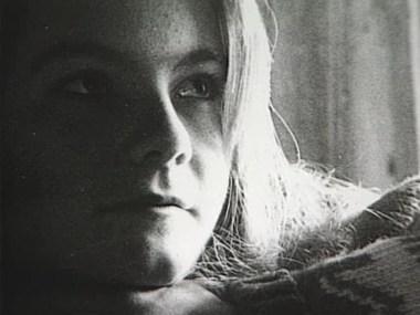 Ai đã giết Karina Holmer? Và Nửa Dưới Của Cô ấy Đâu?