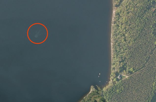 Imagen satelital del Lago Ness.