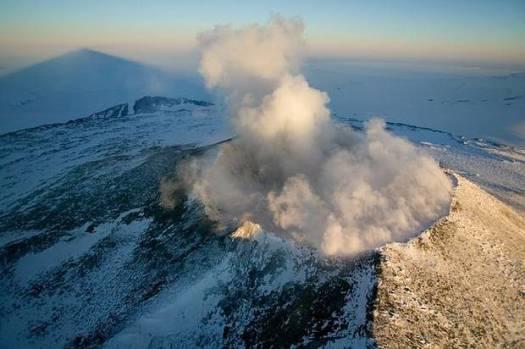 antarctic-volcano