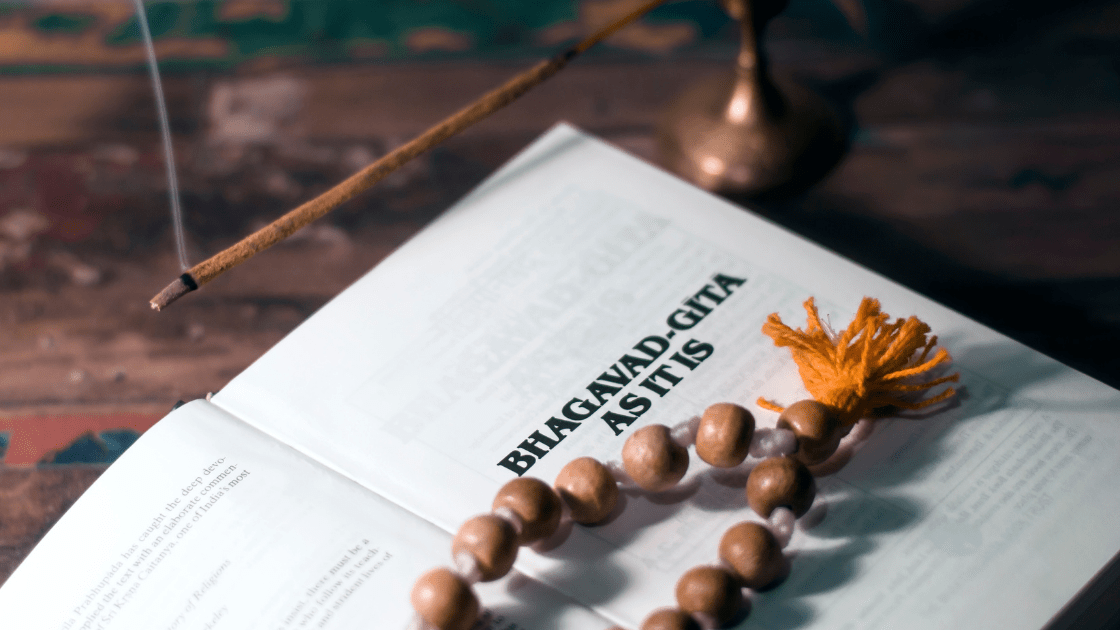 Bhagavad Gita Quotes by MysticMind