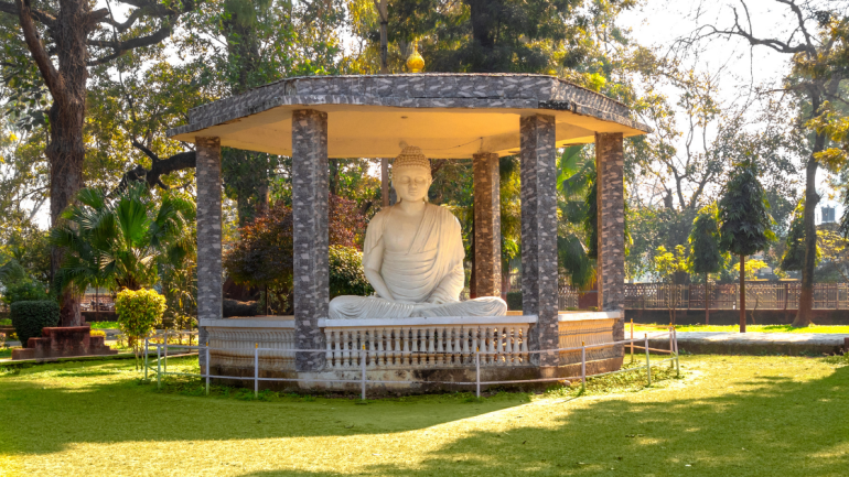 What is Vipassana meditation in Hindi/ Gautam Buddha Image