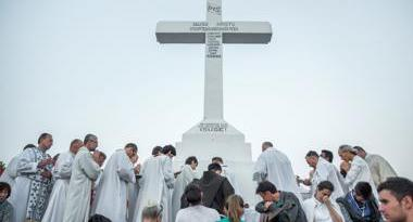 The 28th Youth Festival concluded with the Holy Mass of Thanksgiving on the top of Cross Mountain