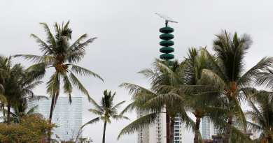 HAWAII MISSILE ALERT SPARKS PANIC FALSE ALARM 'PUSHED WRONG BUTTON' 38 MINUTES OF TERROR  RESIDENTS CRYING AND SCREAMING