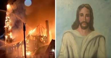 Miracle: Jesus Painting Survives Church Enferno After Lightning Strike